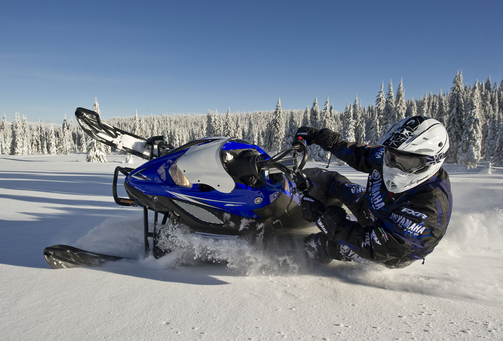 Snowmobile-Photography-by-Kort-Duce-107